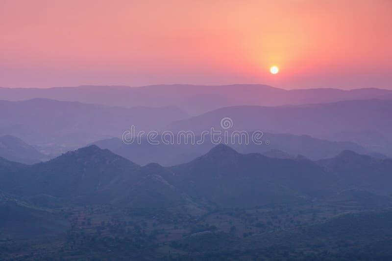 Aravalli山,乌代浦 库存图片