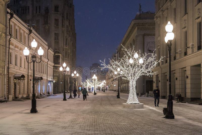 Arbat jest mną bardzo popularna zwyczajna ulica Noc widok ulica obrazy royalty free
