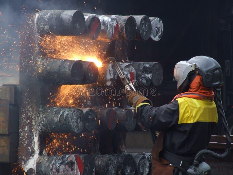 Arbeider op een scheepswerf