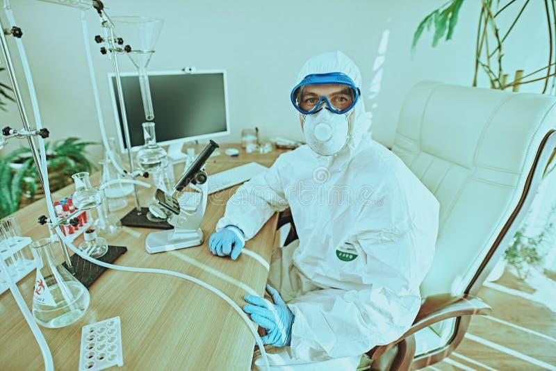 Arbeidsplaats van een wetenschapper royalty-vrije stock fotografie