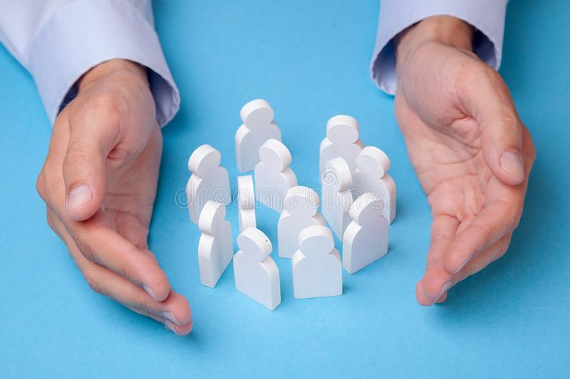 Arbeitnehmergruppe Wie man ein Team von Angestellten hält Versicherung von Arbeitskräften stockbilder