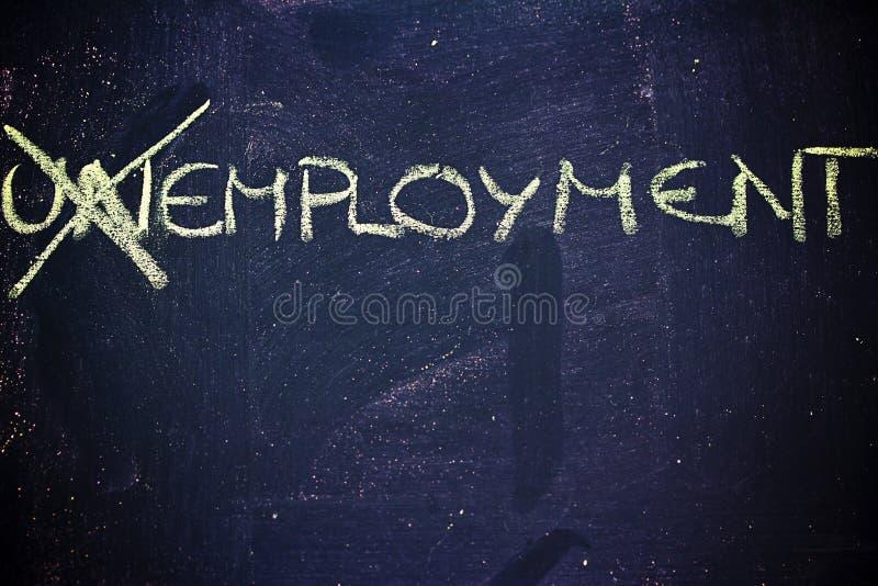 Arbeitslosigkeit gegen Beschäftigung stockfoto