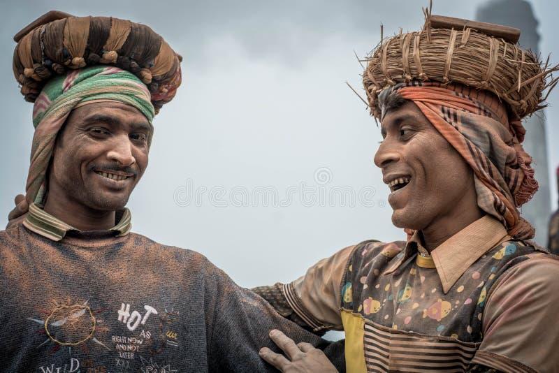 Arbetande bästa vän Bangladesh arkivbild
