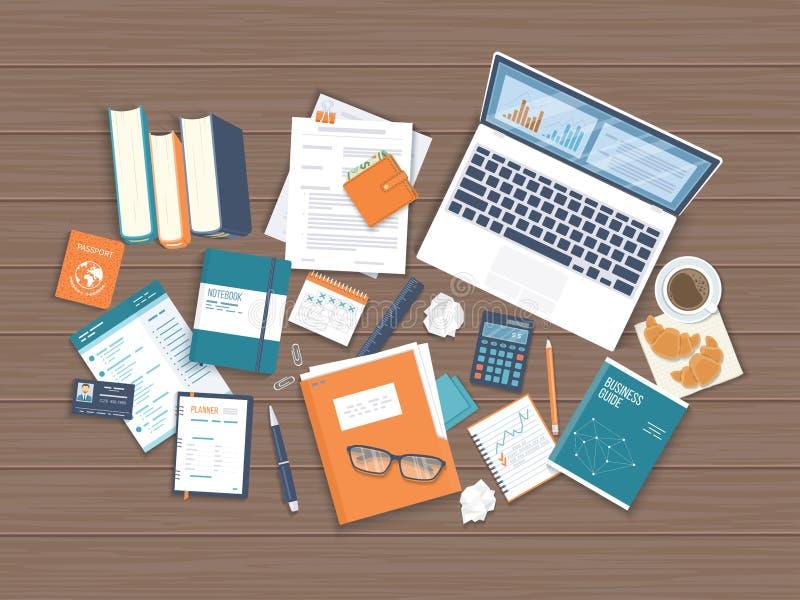 Arbetsplatsskrivbordsbakgrund Bästa sikt av trätabellen, bärbar dator, böcker, mapp stock illustrationer