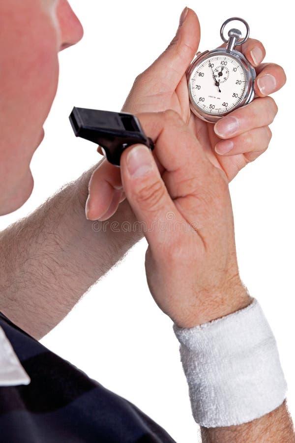 Arbiter sprawdza stopwatch zdjęcia royalty free
