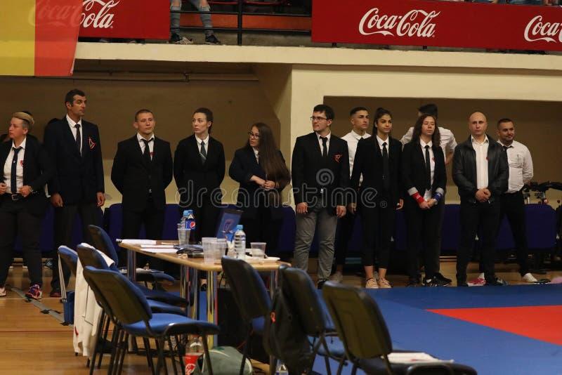 Arbitrzy przy Rumuńskim mistrzostwem, juniory, Maj 2018 fotografia stock