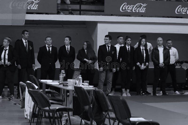 Arbitrzy przy Rumuńskim mistrzostwem, juniory, Maj 2018 obrazy royalty free