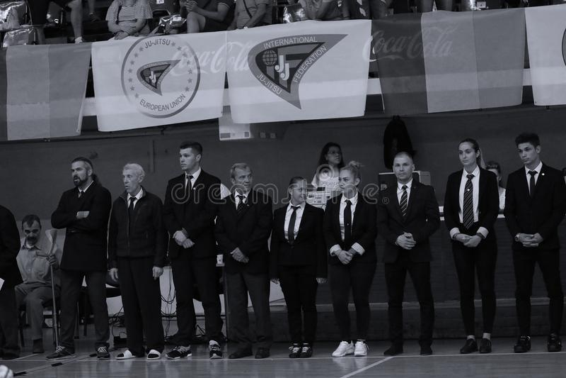 Arbitrzy przy Rumuńskim mistrzostwem, juniory, Maj 2018 zdjęcia stock