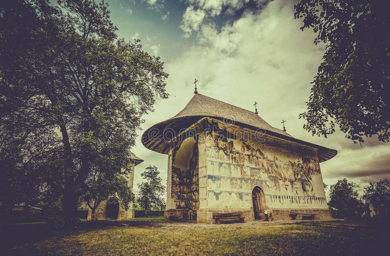 Arbore Ortodoksalny monaster w Rumunia zdjęcia stock