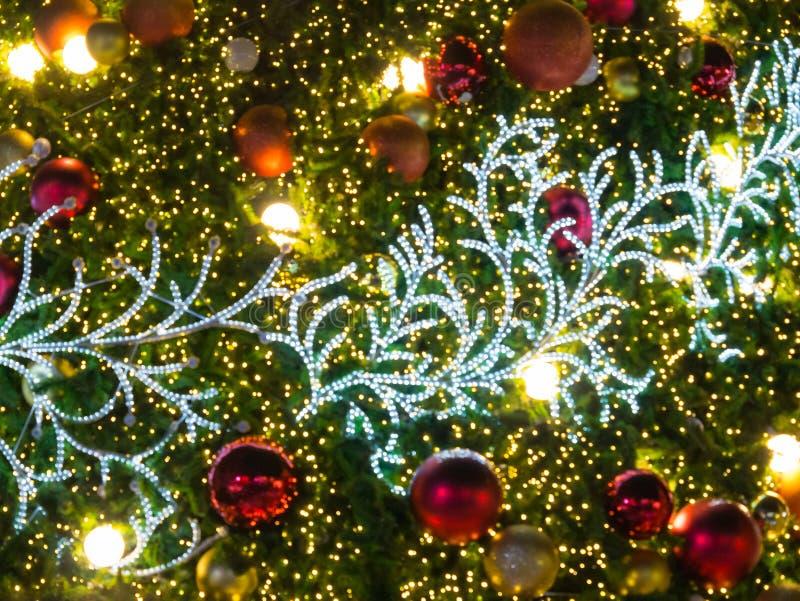 Arbre de Noël artificiel de pin images stock