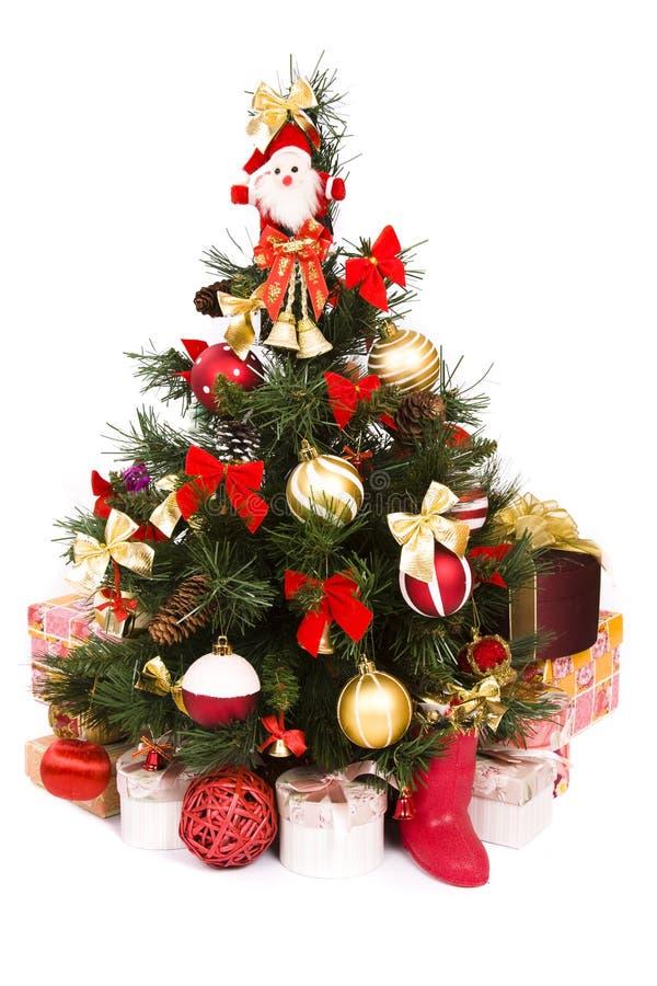 Arbre de Noël décoré en rouge et or photo libre de droits