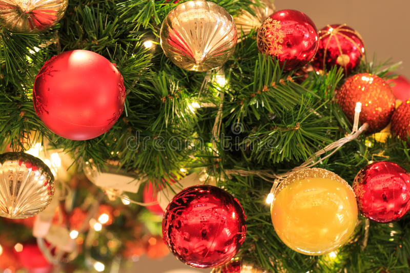Arbre de Noël de Colorfullfull photo stock