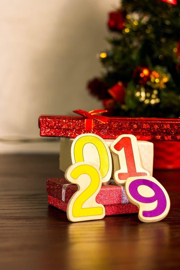 Arbre de Noël et carte de nouvelle année image stock