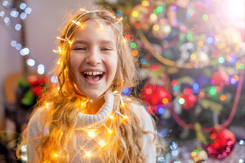 Arbre de Noël pour la décoration d'enfants photo stock