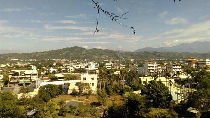 Arbre et montagne de ŒTaiwan de ¼ de ŒTaichungï de ¼ de Shigangï photo stock