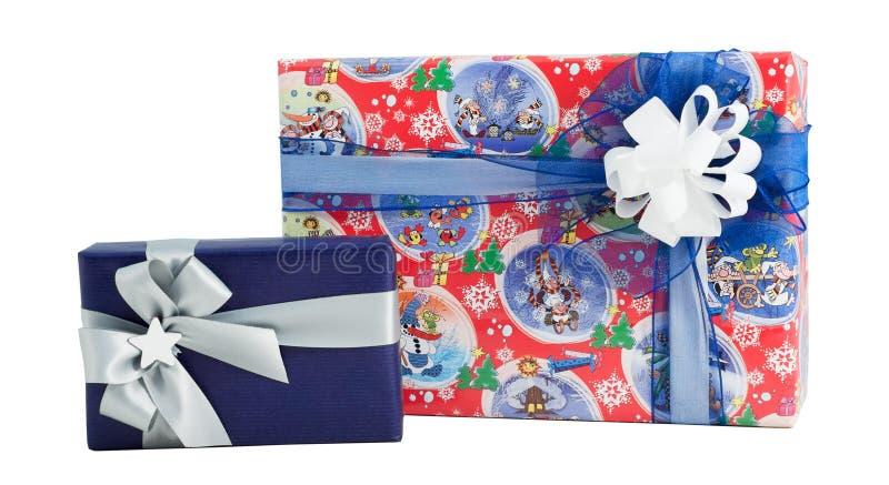 Arc de papier coloré de ruban d'enveloppe de boîte-cadeau de l'ensemble deux d'isolement photo stock