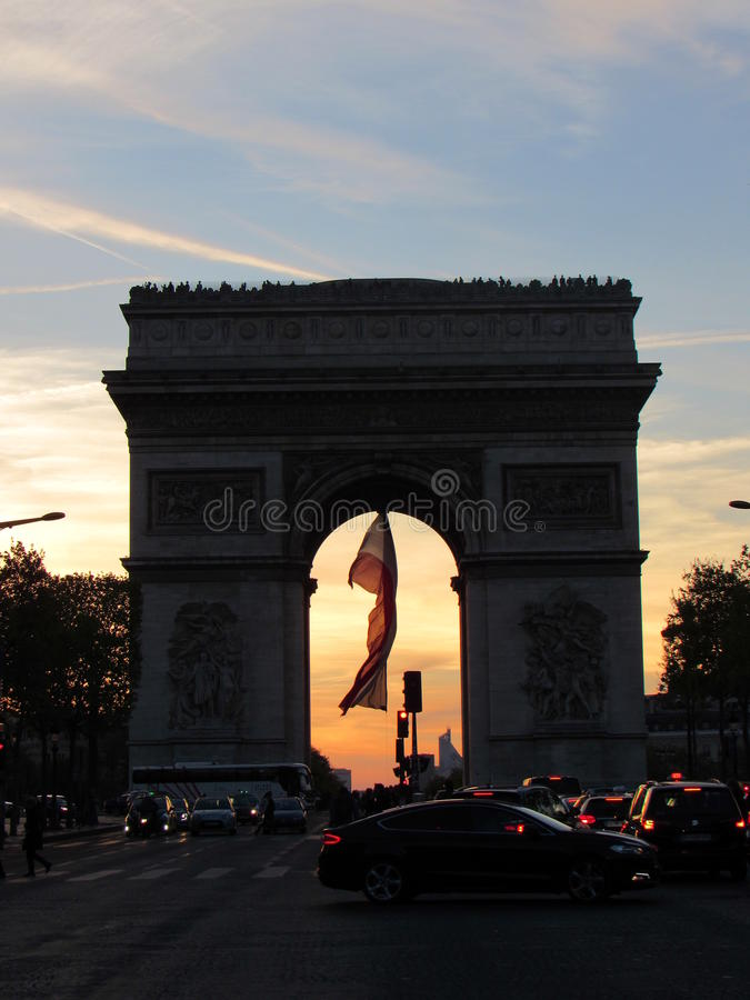 Arc de Triomphe à Paris photographie stock