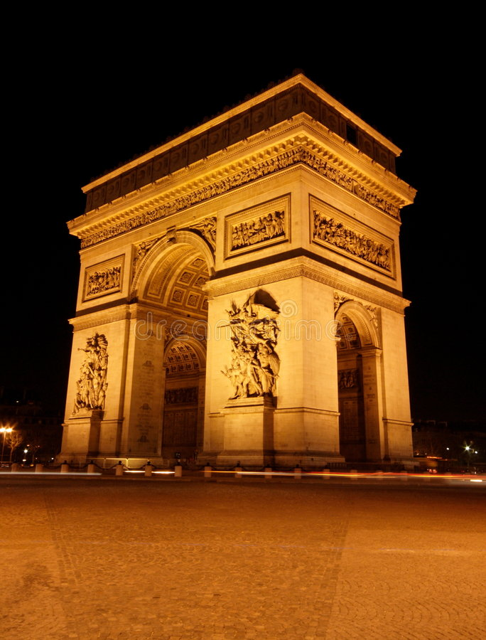 Free Arc De Triomphe Royalty Free Stock Photo - 608585