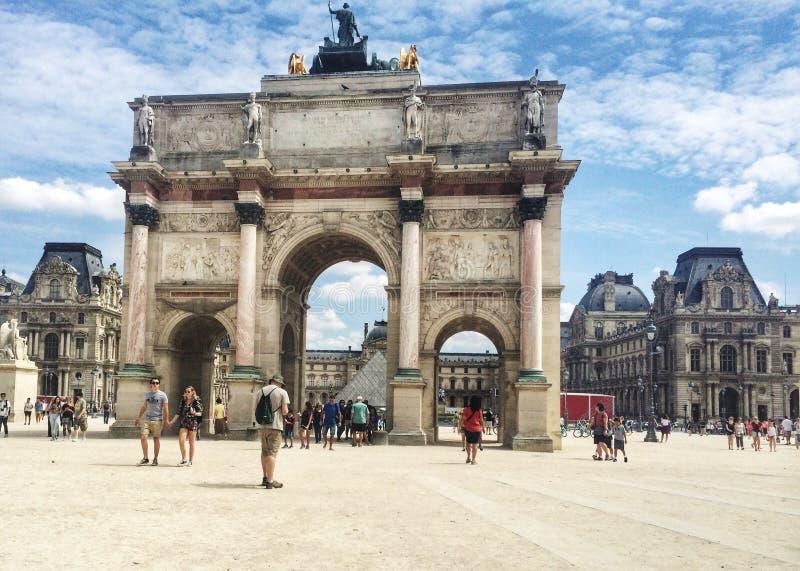 Arc de Triomphe de karusell paris royaltyfria foton