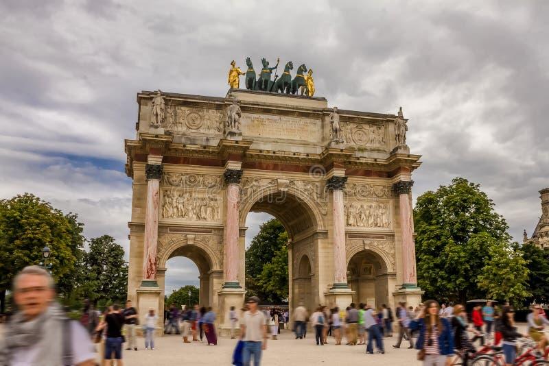 Download Arc De Triomphe Du Carrousel Editorial Stock Image - Image of visitors, triomphe: 70704484