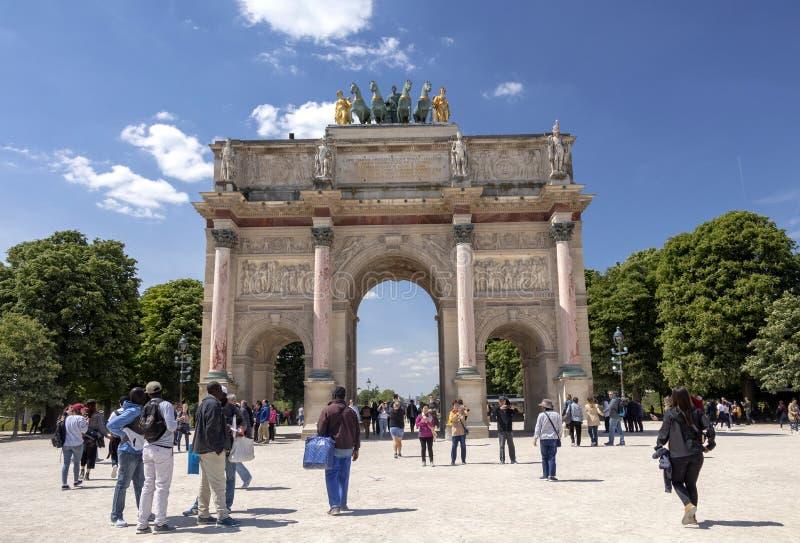 Arc de Triomphe Du Carrousel: triumfalny ?uk lokalizowa? w miejscu Du Carrousel obok louvre w Pary?, Francja obraz royalty free