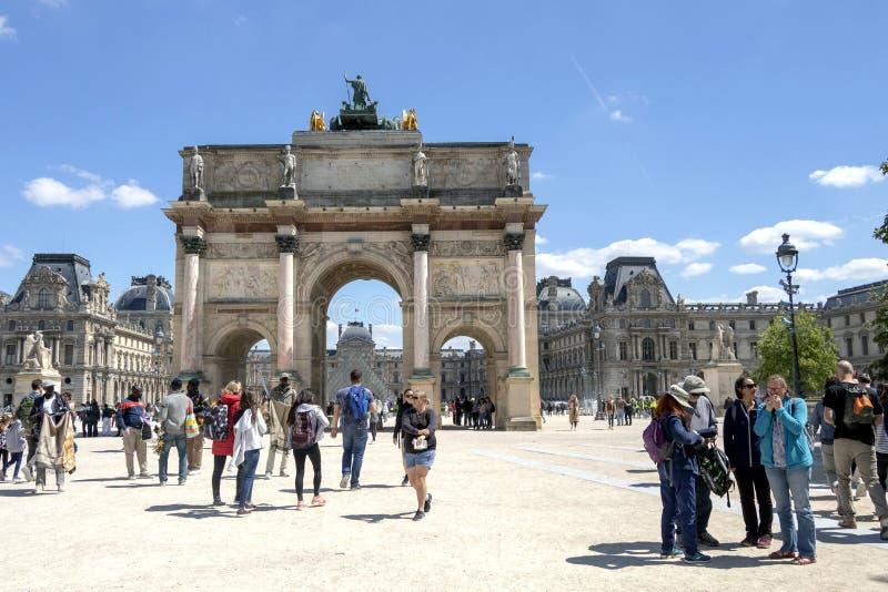 Arc de Triomphe Du Carrousel: triumfalny ?uk lokalizowa? w miejscu Du Carrousel obok louvre w Pary?, Francja zdjęcia royalty free