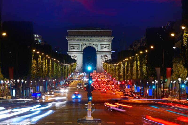 Arc de Triomphe no arco de Paris de Triumph fotografia de stock royalty free