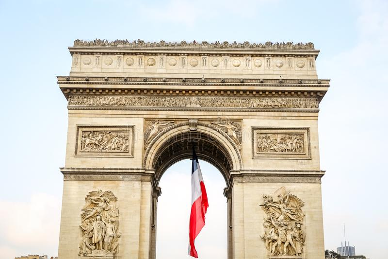 Arc de Triomphe in Paris, Frankreich stockbild