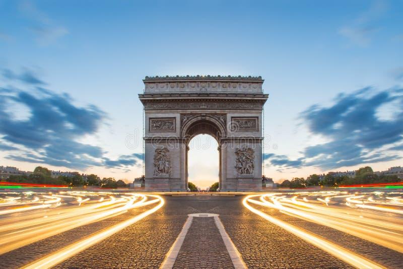 Arc de Triomphe in Paris, Frankreich lizenzfreies stockbild