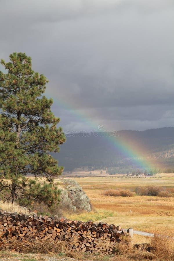 Arc-en-ciel au Montana image libre de droits