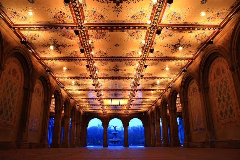 Arcada e fonte de Central Park Bethesda imagens de stock
