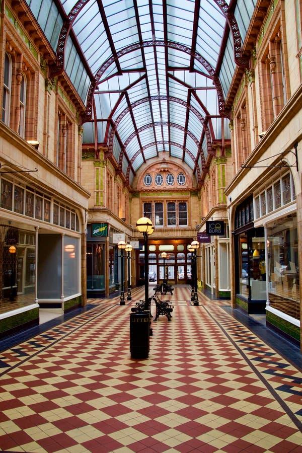 Arcada vitoriano velha em Preston fotografia de stock royalty free