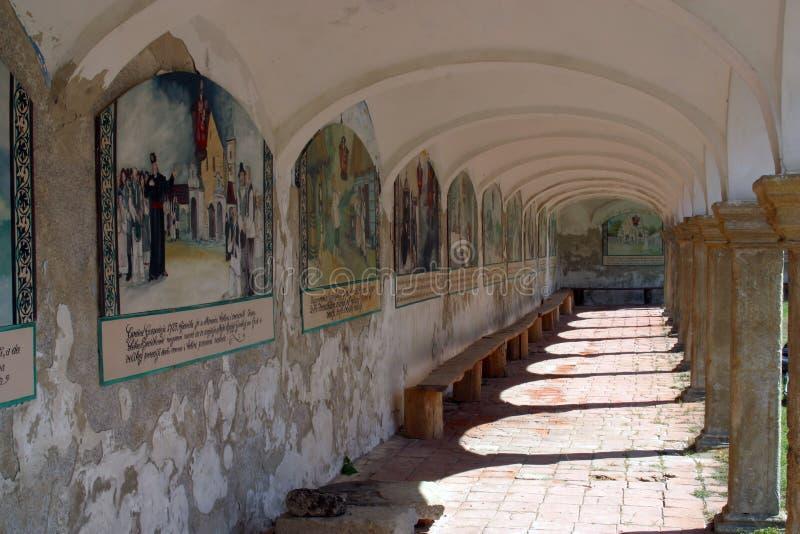 arcades εκκλησία στοκ εικόνα με δικαίωμα ελεύθερης χρήσης