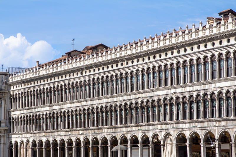 Arcades της πρόσοψης στην πλατεία SAN Marco στη Βενετία, Ιταλία στοκ εικόνα με δικαίωμα ελεύθερης χρήσης