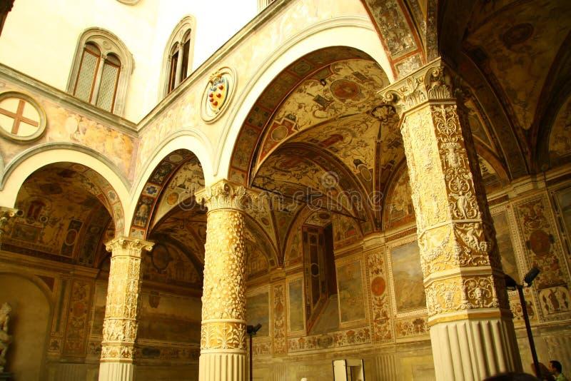Arcades in Florencemuseum stock afbeelding
