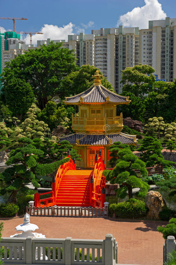 Download Arch Bridge And Pavilion In Nan Lian Garden, Hong Kong. Stock Photography - Image: 29166232