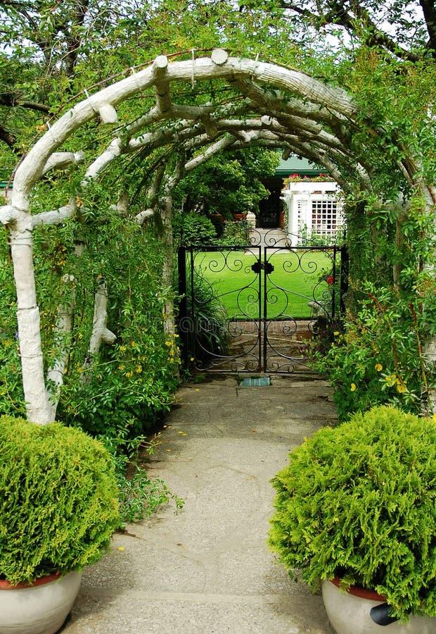Free Arch Entrance Royalty Free Stock Photos - 5519298