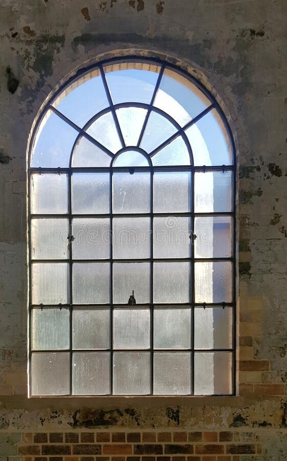Free Arch Window At Disused Railway Workshops Sydney Stock Photography - 185980442