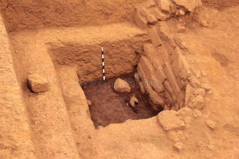 archaeological utgrävninglokal royaltyfri fotografi
