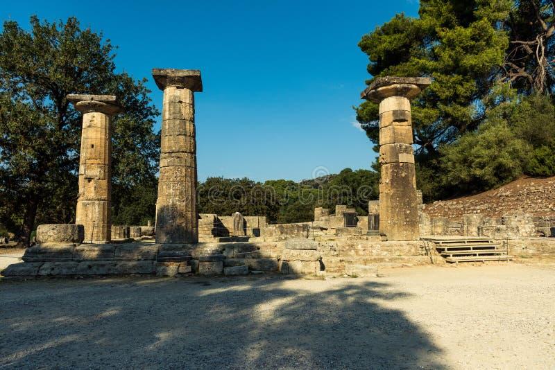 Archeologische plaats van Olympia - mening van tempel van Hera stock fotografie