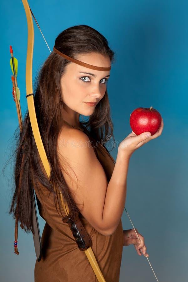 Archer e mela fotografie stock libere da diritti