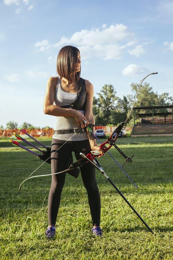 Archer féminin photos stock