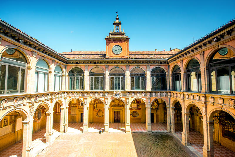Archiginnasio von Bologna stockfotos