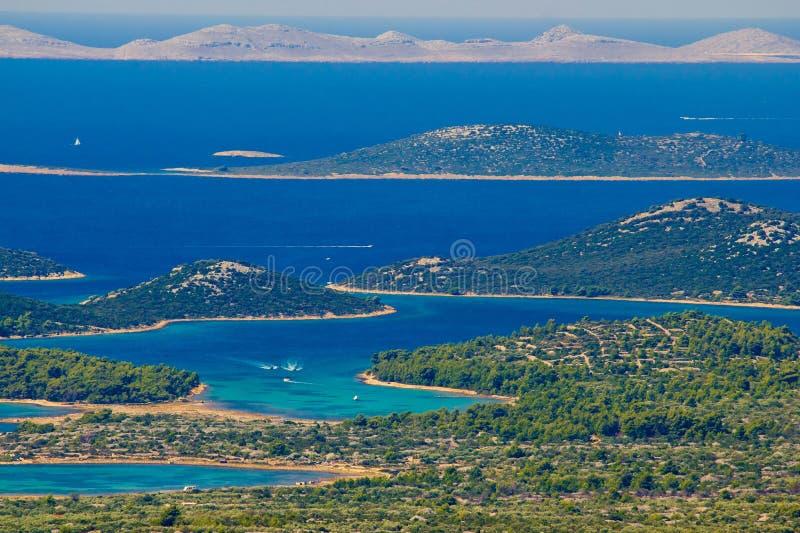 Archipiélago del paraíso del parque nacional de Kornati imagenes de archivo