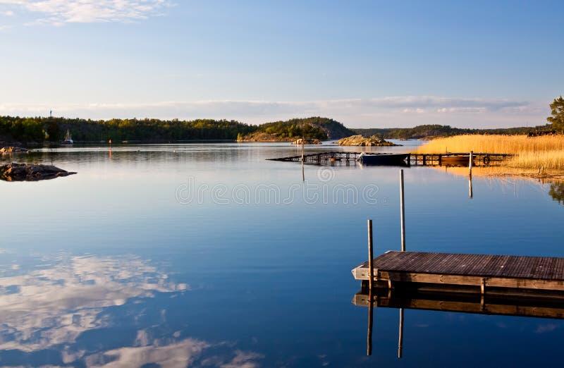 Archipiélago en Suecia. fotos de archivo