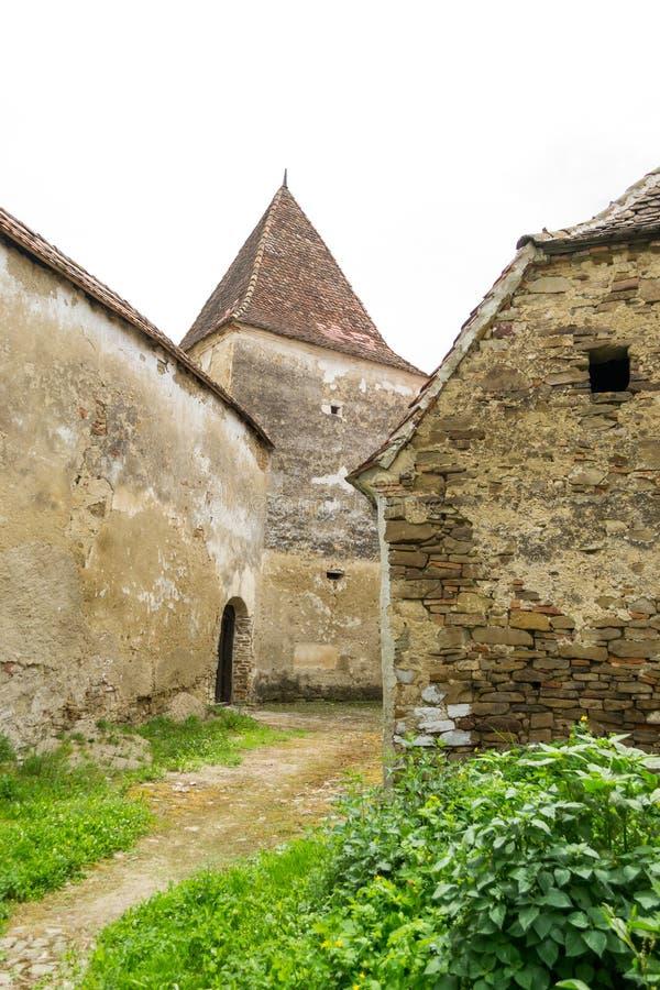 Archita medeltida dubblett-walled stärkt kyrka, Transylvania, Rumänien arkivbild