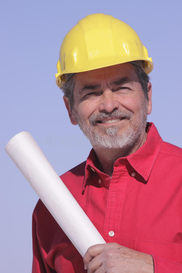 Architecte, entrepreneur avec le casque antichoc photos stock