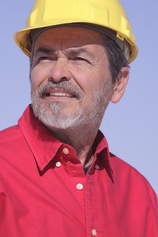 Architecte, entrepreneur avec le casque antichoc images stock