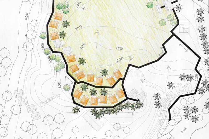 Architecte paysagiste Designing sur le plan d'analyse de site illustration de vecteur