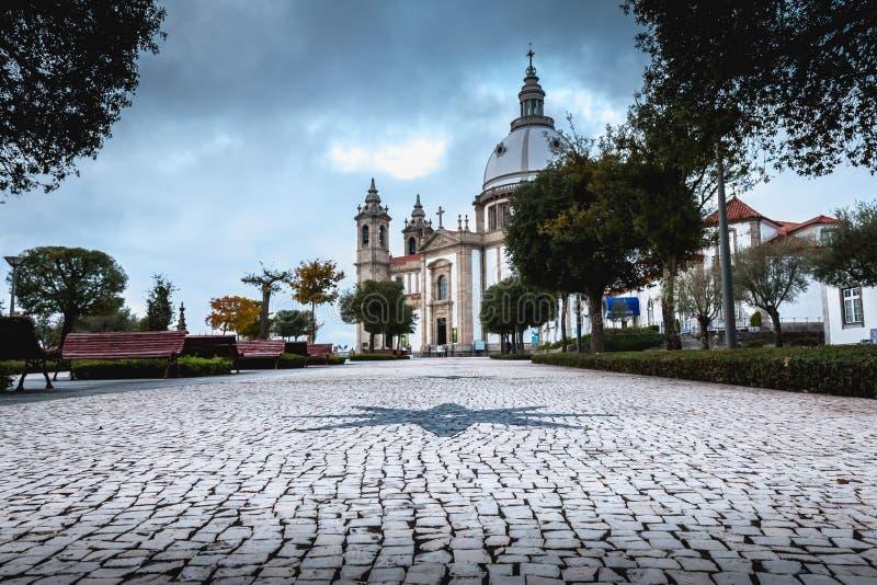 Architecturaal detail van het Heiligdom van Onze Dame van Sameiro dichtbij Braga royalty-vrije stock foto